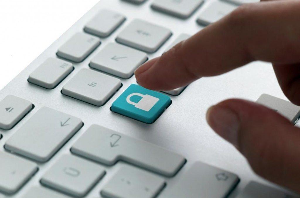 El Consejo General de Colegios Oficiales de Farmacéuticos publica una guía sobre el nuevo reglamento de protección de datos